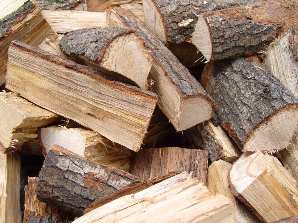 10 Kilogramm KG Premium 33 cm lang getrocknet Kaminholz Brennholz Feuerholz im Karton verpackt, 100%